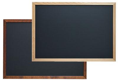 Lackierte Kreidetafeln mit Holzrahmen in DIN A1.